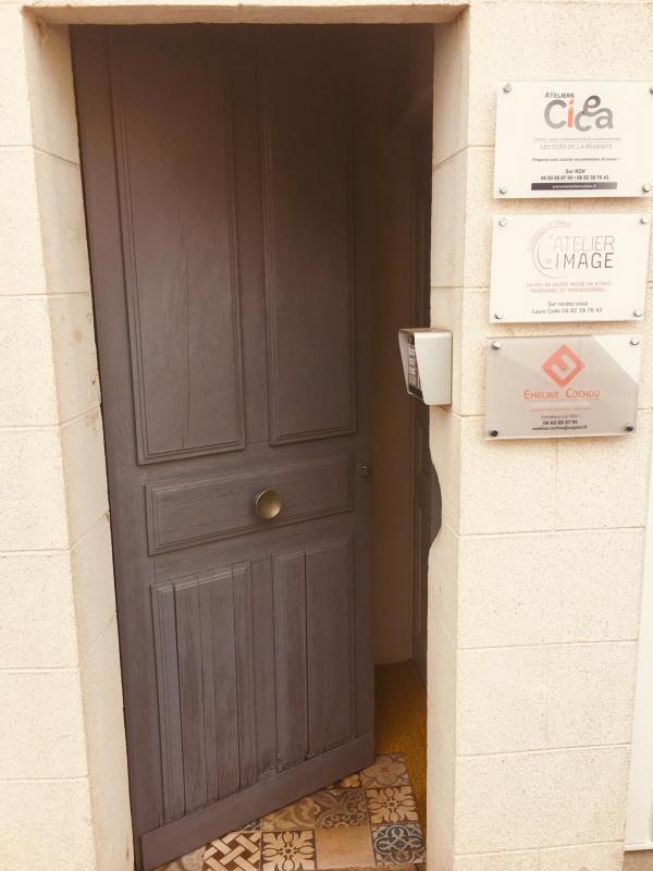 Porte cabinet